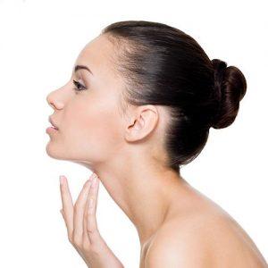 لیفت و کشیدن پوست گردن