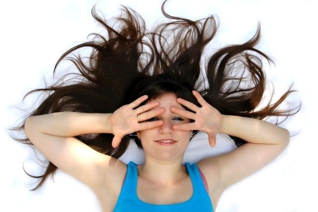 نحوه جلوگیری از ریزش مو در زنان